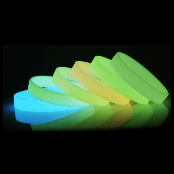 Glow-in-the-Dark-Wristbands-2