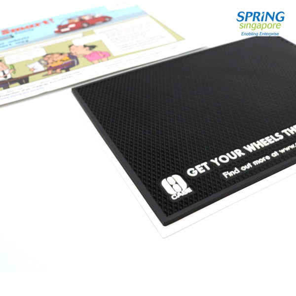 Non-Slip-Car-Dashboard-Mat-4